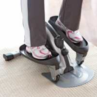 Stamina InMotion E1000 Mini Elliptical