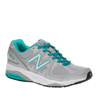 new balance walking shoes with rollbar technology and a wide base