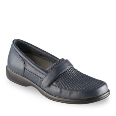 footsmart s stretchable loafer shoes