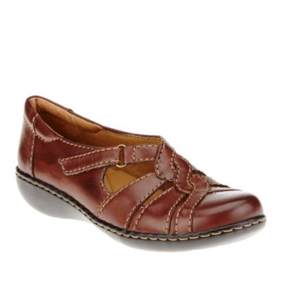 Clarks Ashland Norway Slip-On Shoes - Brown