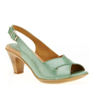 recommend most comfortable brand wedge shoes