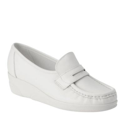 Nurse Mates Pennie Slip-On Loafers (white)