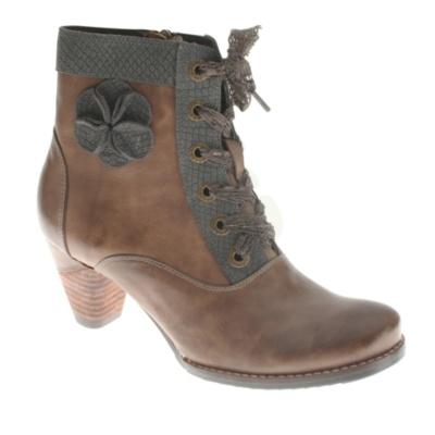 L'Artiste by Spring Step Pinot Ankle (taupe)