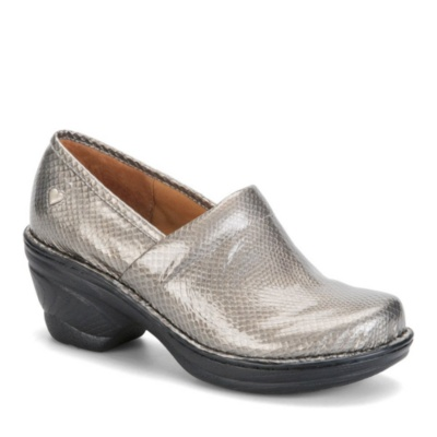 Nurse Mates Halle Slip-On Shoes (pewter patent)