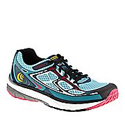 Topo Athletic Magnifly Running Shoes (Women's) - 72625